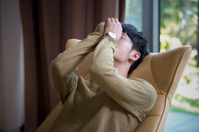 「トライアングル」泣き演技⑤