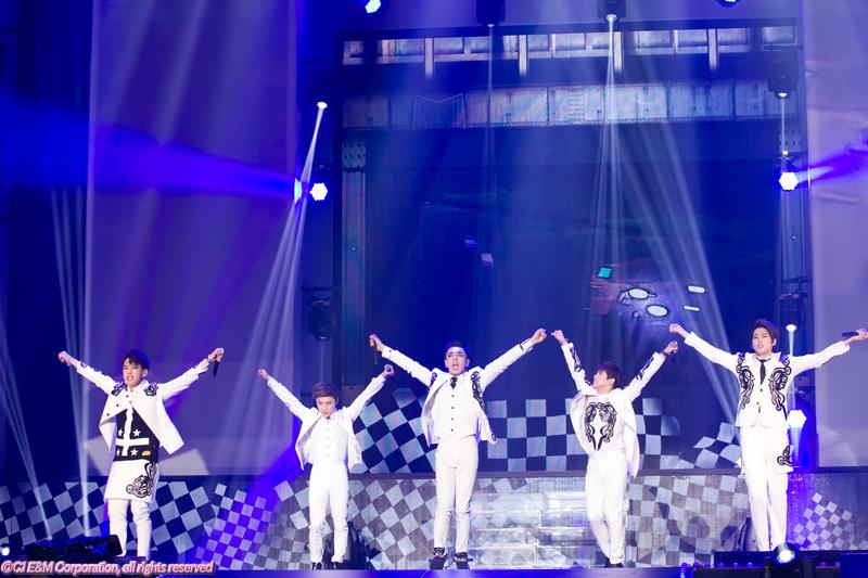 3KCON-2015-Japan×M-COUNTDOWN_BIGFLO-(2)
