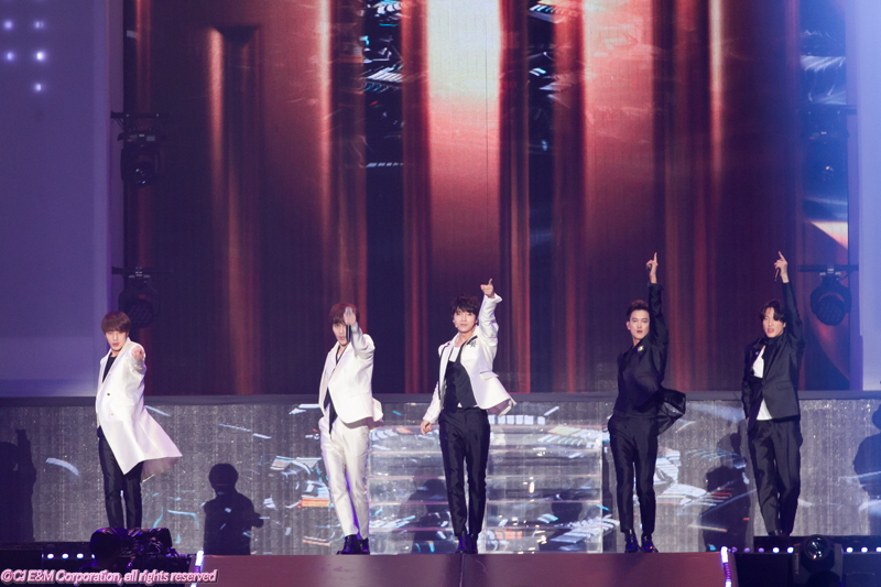 5KCON-2015-Japan×M-COUNTDOWN_超新星-(2)