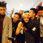 "BIGBANG、BEASTヒョンスンと撮った記念ショット公開!""変わらぬ友情"""
