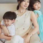 「チャングム」イ・ヨンエ、双子の子供を公開!ママそっくりな美少女&美少年