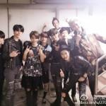 「久しぶり」EXO レイ、ステージの下で見せた9人の和気藹々とした写真を公開