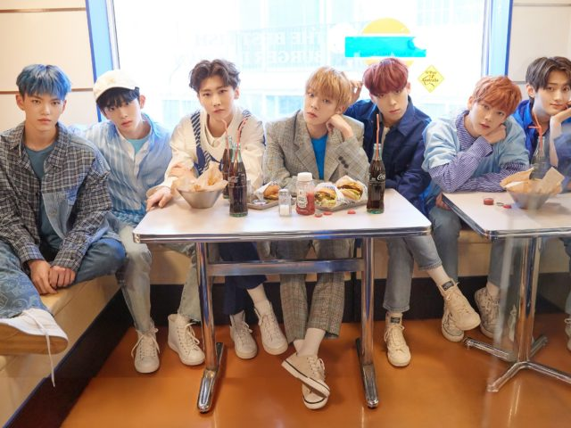 【VERIVERY(ヴェリヴェリィ)】KCON 2019 JAPAN で日本初ステージ!     今年注目の K-POP 新人ボーイズグループ VERIVERY が     デビューから 6ヶ月で日本単独イベント開催決定!!